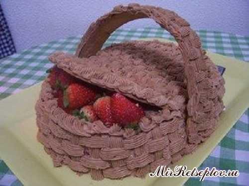 "Торт ""Клубничное лукошко"""