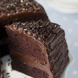 120213180046-120213180253-p-O-tort-shokoladnij-s-shokoladnim-kremom