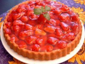 Клубничный пирог с желе