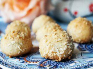 kokosovoe-pechene-s-chernoslivom