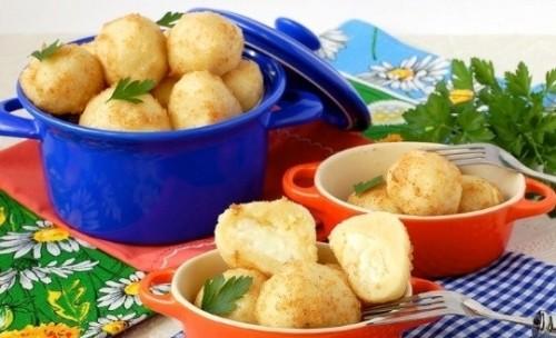 Кнели картофельные по-польски с брынзой