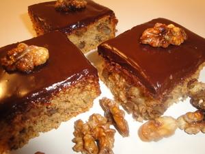 Ореховый пирог с шоколадной глазурью(Καρυδοπιτα με γλασο)