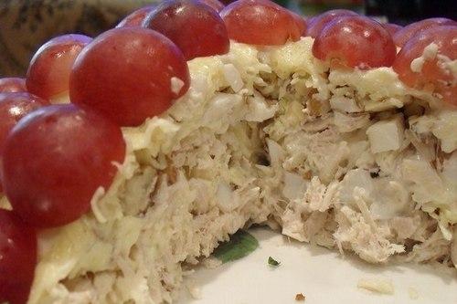 salat-s-kopchenoj-kuricej-tiffani