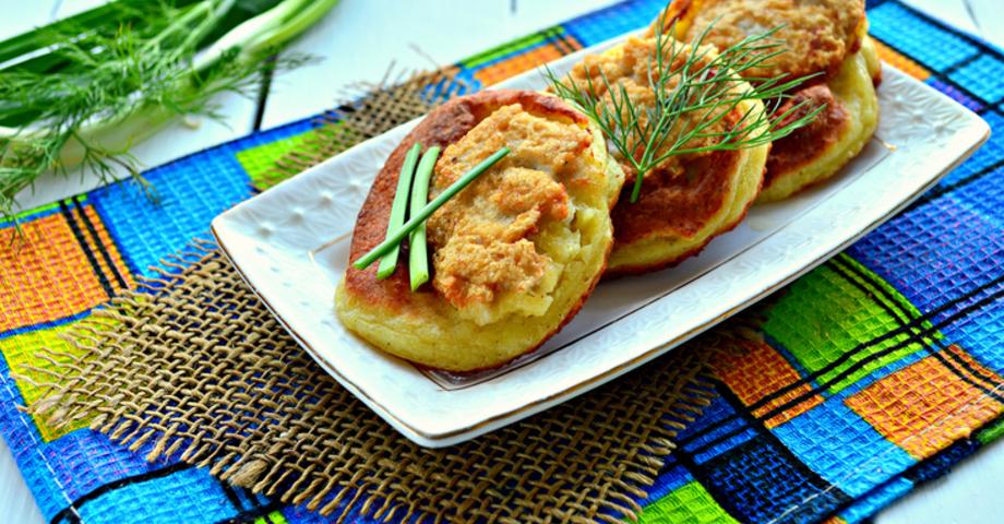 Картофельные оладьи с куриным фаршем