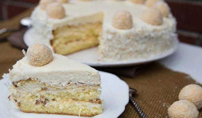"""Торт """"Раффаэлло"""" с творожным кремом"""