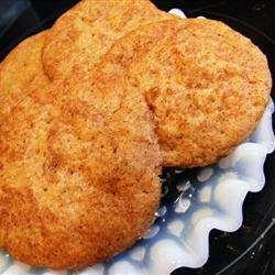 Мягкое печенье с корицей и коричневым сахаром