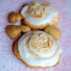 Рисовое печенье с миндалем