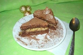 Рецепт Бисквитного шоколадного торта с кремом и банановой начинкой