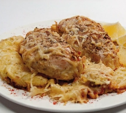 Куриные грудки в сливках под сыром