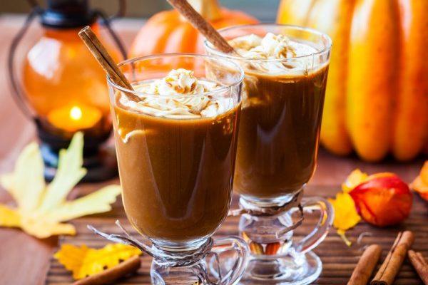 Горячий тыквенно-кофейный коктейль
