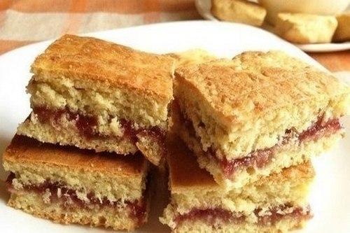 Домашнее печенье на кефире с вареньем