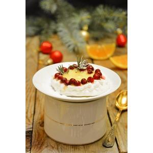 Десерт Павлова с мандариновым кремом