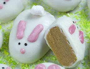Кролики из белого шоколада