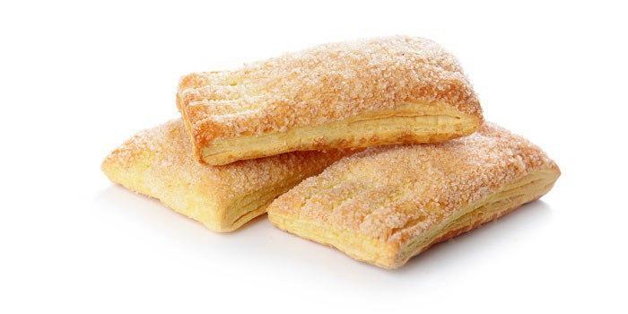 Нежное печенье из слоеного теста на сметане