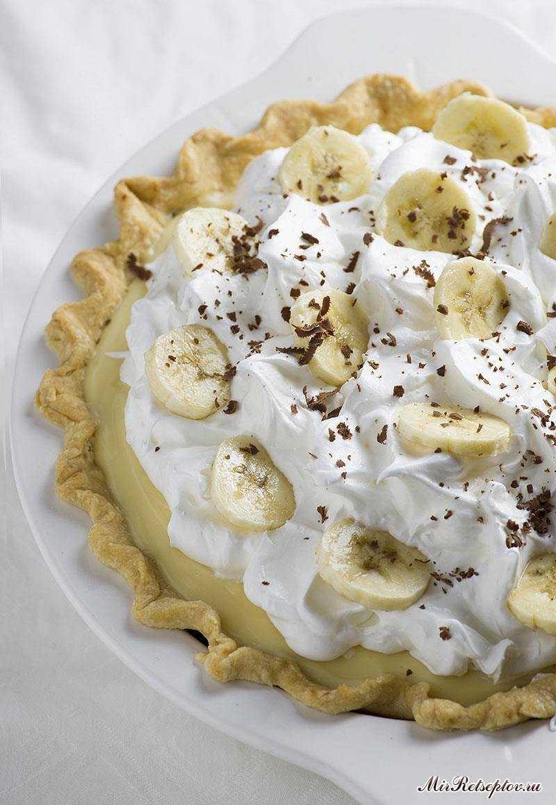 Старомодный банановый кремовый пирог