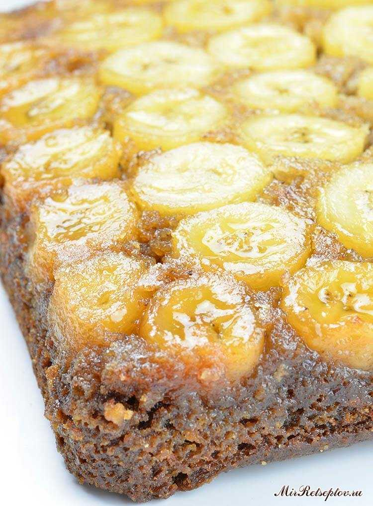 Перевернутый банановый торт
