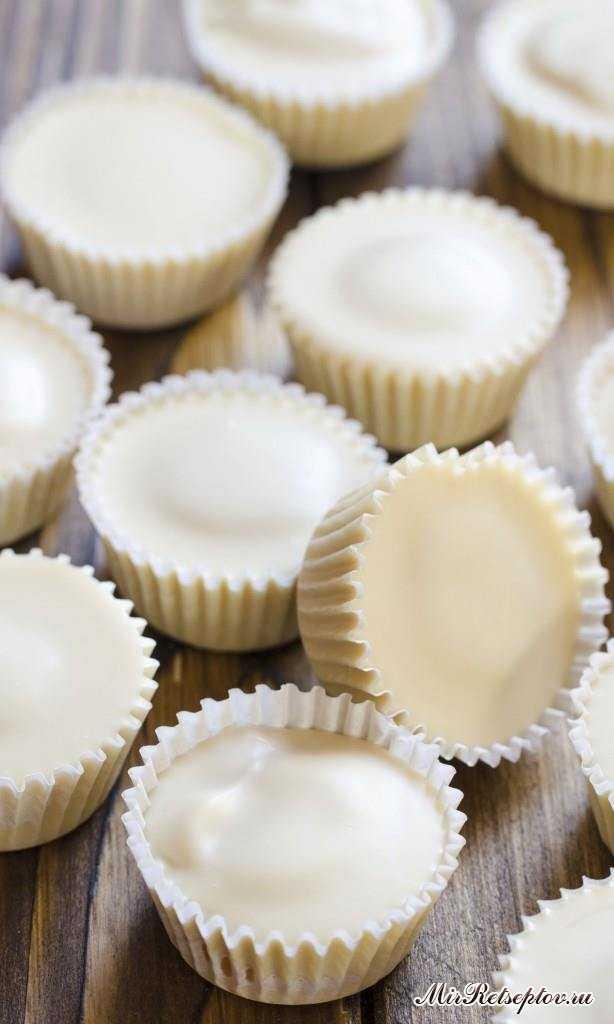 Тыквенные чашки из белого шоколада