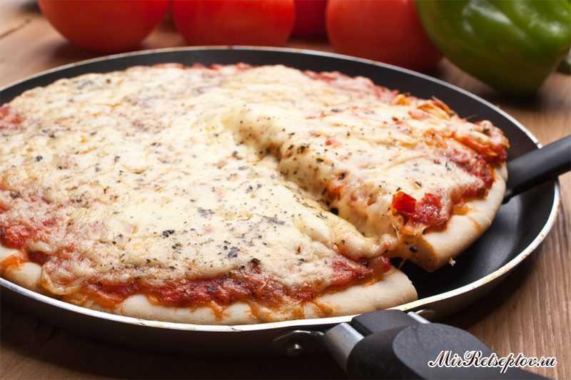 Быстрая пицца из того, что есть в холодильнике