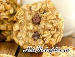 Банановое шоколадно-овсяное печенье