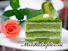 Зеленый бисквитный торт